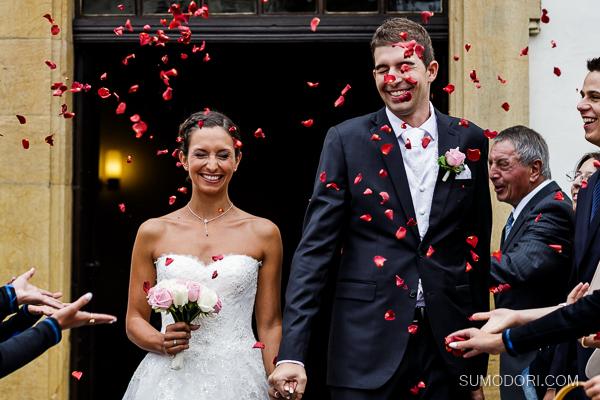 sumodori.com_joon_photographe_de_mariage_fribourg_eglisefrancaisemorat_chateaudecressier_hotelbeaurivage_neuchatel_MDAV_026_001